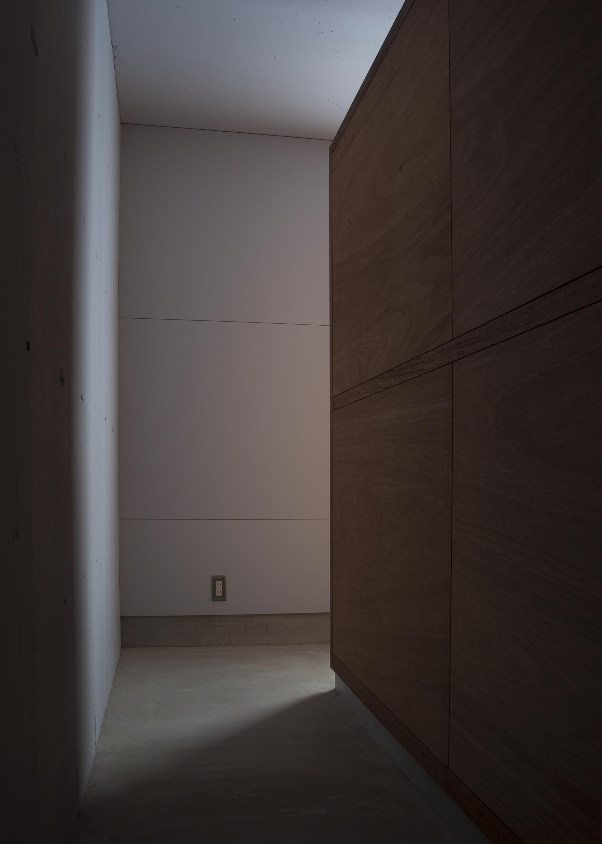 公団住宅団地407号室改修